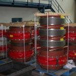 Gewebe- und Stahlkompensatoren - fertig zur Auslieferung